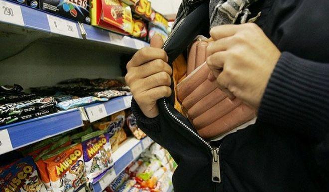 Украинские супермаркеты готовятся к всплеску воровства