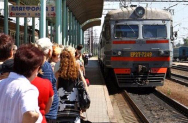 Блокирование тендеров оставило пригородные поезда без запчастей