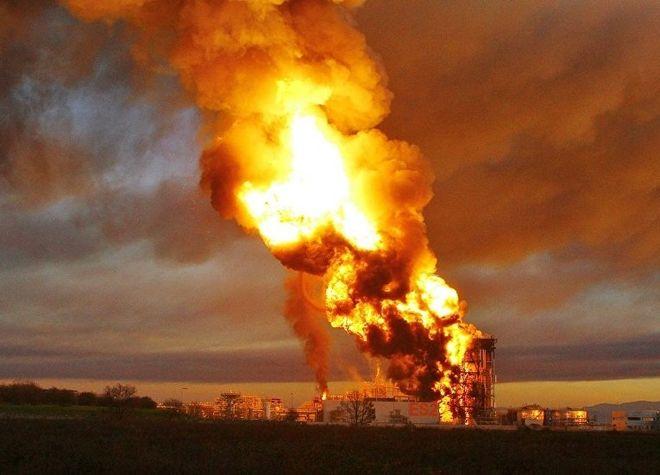 В США произошло два взрыва на затопленном химзаводе