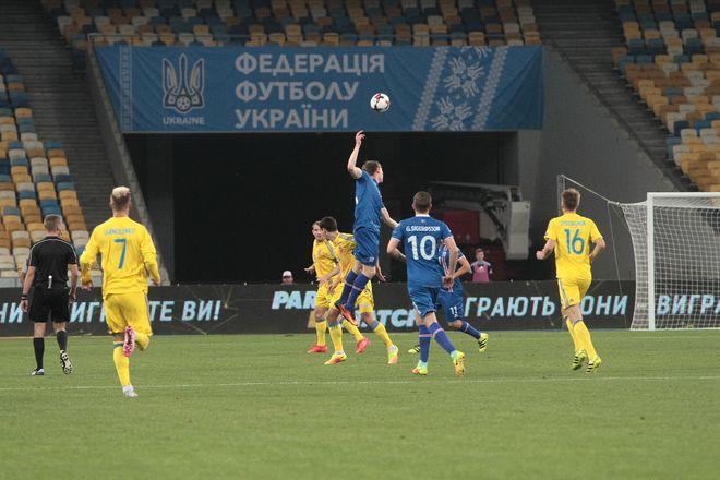 Украина впервые в истории уступила Исландии в квалификации к ЧМ