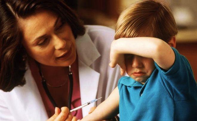 Большинство детей в Украине остаются без прививок