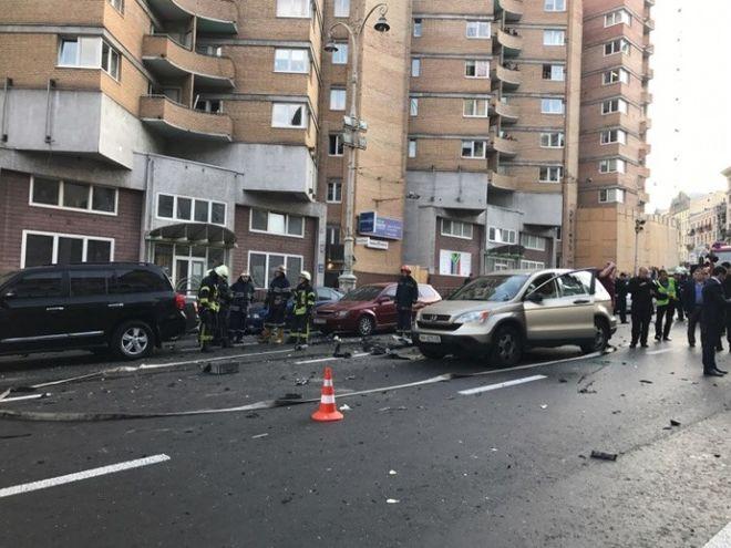 Взрыв авто в Киеве может быть квалифицирован как теракт
