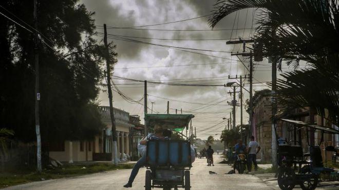 """Эксперты оценили ущерб от урагана """"Ирма"""" в США"""