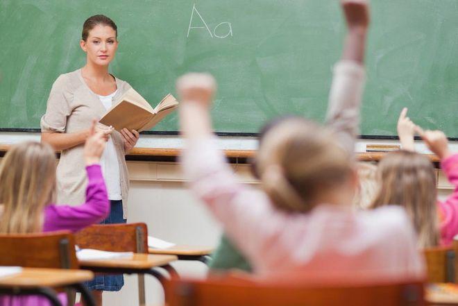 Учителям на 25% повысят зарплаты