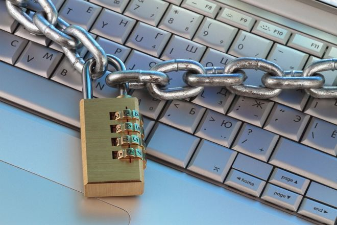 Новини України: Чиновники хочуть  взяти Інтернет під контроль