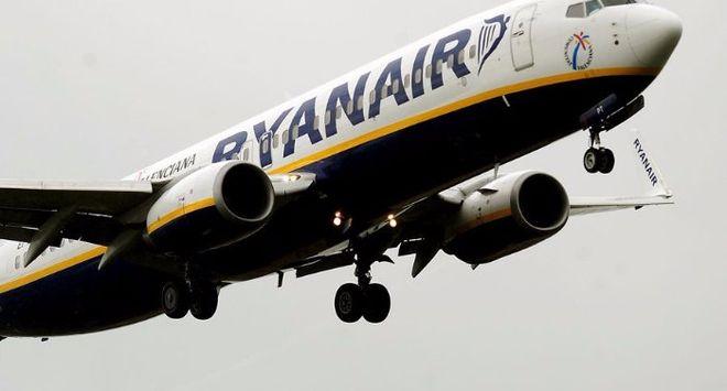 Лоукостер Ryanair скасував близько 2% своїх рейсів через відпустки пілотів
