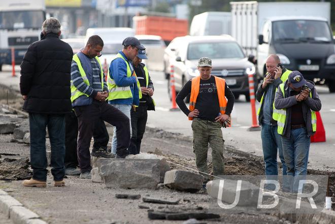 Киевские дороги встали из-за капремонта двух важнейших транспортных артерий