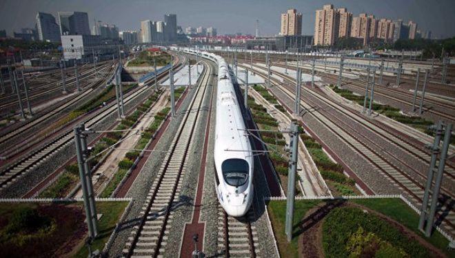 В Китае начали курсировать самые быстрые поезда в мире