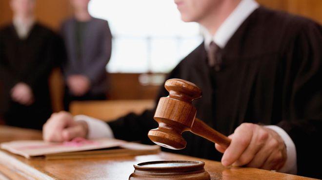 Суд отложил рассмотрения дела о госизмене Януковича до 27 сентября