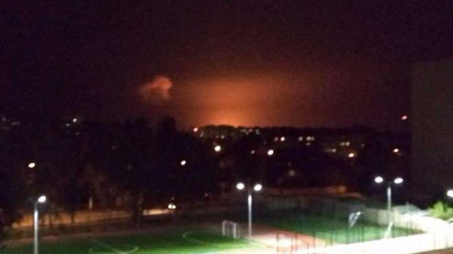 Под Винницей горят склады боеприпасов: людей эвакуируют