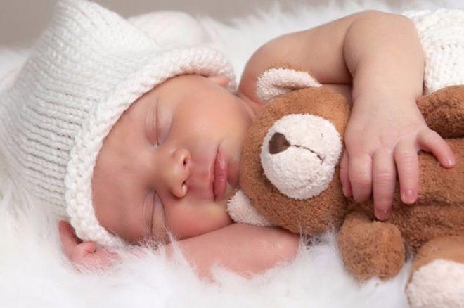 Кабмин ввел новые правила получения выплат при рождении ребенка