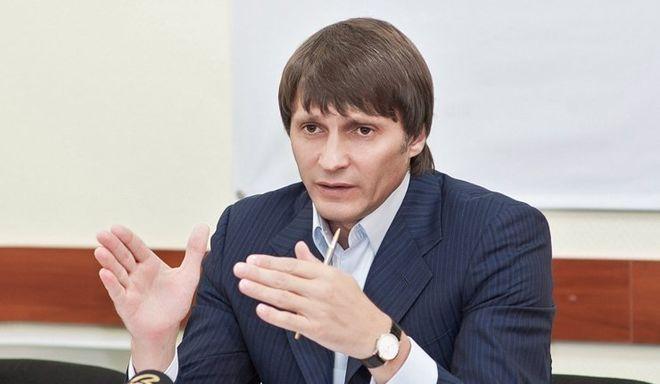 Бизнес-партнеры Еремеева хотят завладеть его наследством: киевский нотариус им в этом помогает