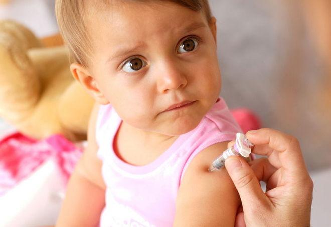Детей не будут принимать в школы и детсады без прививок