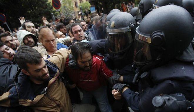 В итоге беспорядков вКаталонии пострадали 38 человек