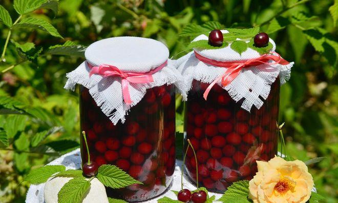 В Укране стали меньше консервировать фруктов и ягод