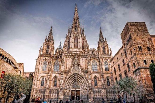 В Барселоне закрыли достопримечательности из-за массовой забастовки