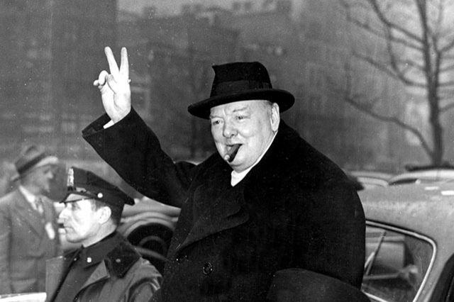 Недокуренную сигару Черчилля продали на аукционе