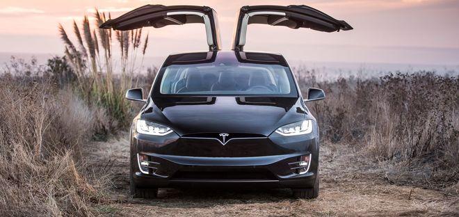 Tesla отзывает 11 тыс кроссоверов