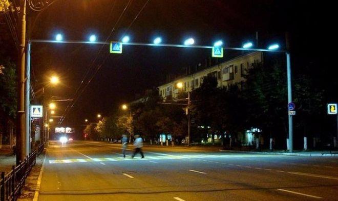 На киевских пешеходных переходах поставят датчики движения