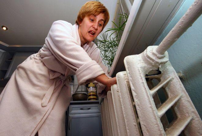 Жителям Львова обещают в понедельник включить отопление