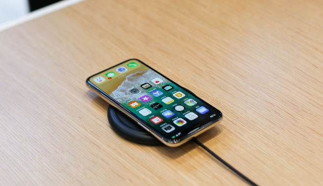 Apple создает новый бюджетный смартфон