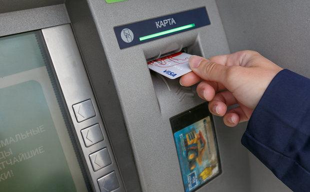 Мошенник обманул 50 украинцев, оформив на них кредиты