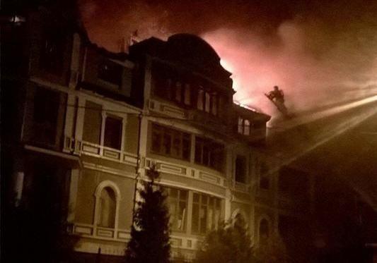Опубликованы фото пожара общежития для переселенцев