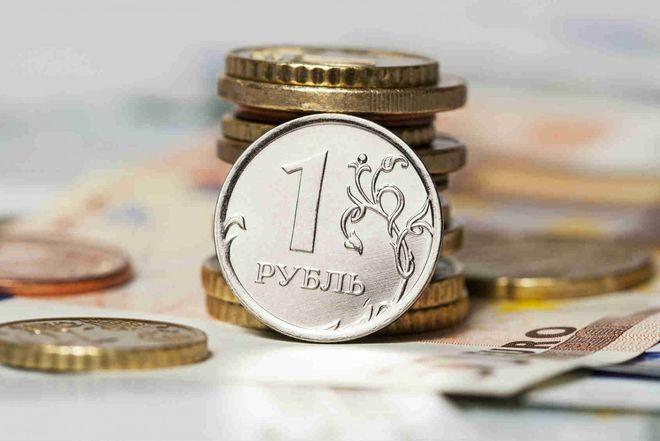 Украина не станет запрещать российский рубль