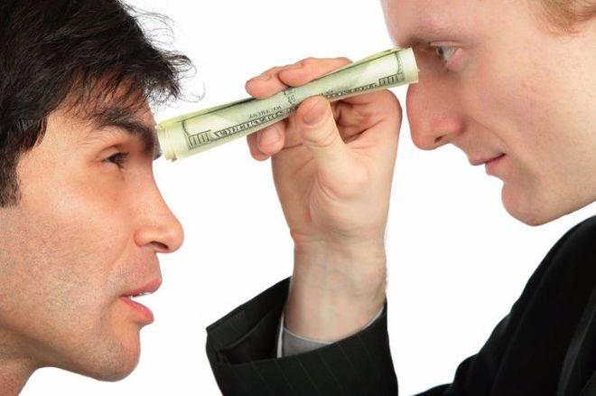 Как правильно заговорить о повышении зарплаты: простые советы