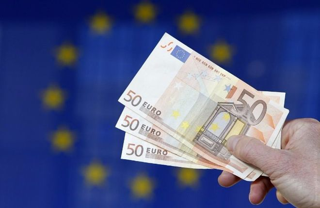 Еврокомиссар по экономике призвал создать реестр уклонистов от уплаты налогов