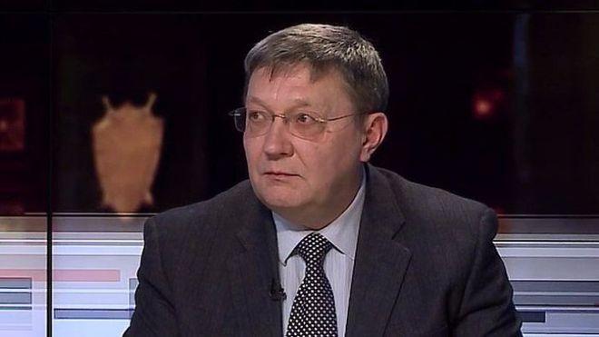 Украина заимствует средства на внешних рынках под очень высокие проценты - бывший министр