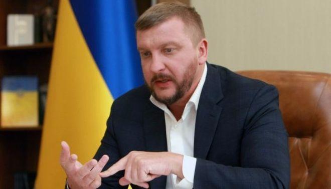"""В Украине хотят ужесточить наказание для """"злостных алиментщиков"""""""