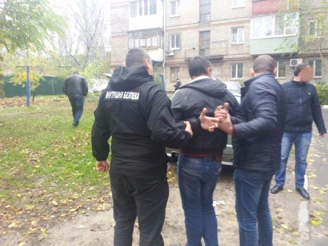 В Запорожье полицейский погорел на крупной взятке