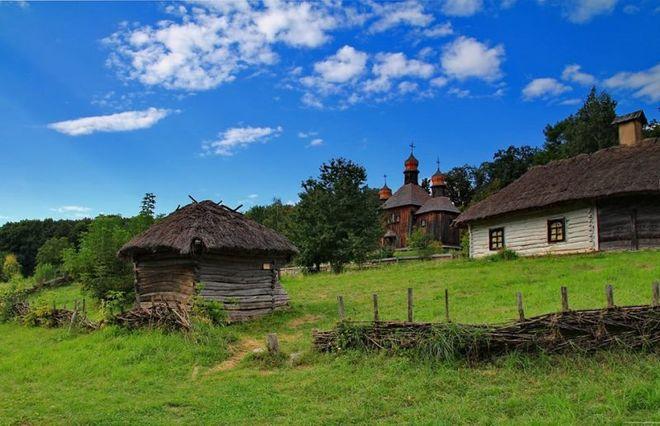Киеву окончательно вернули земли музея в Пирогово