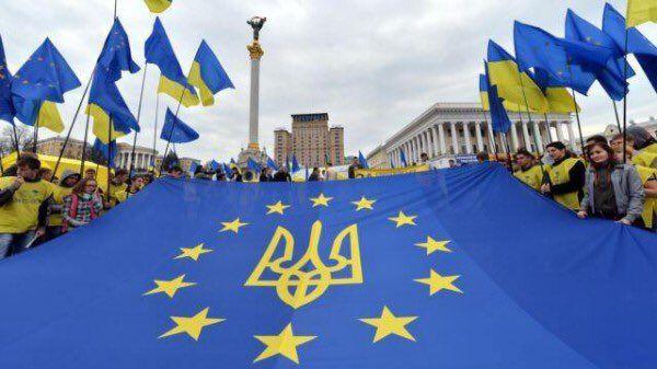 Сегодня в Украине отмечают годовщину Евромайдана и Революции Достоинства