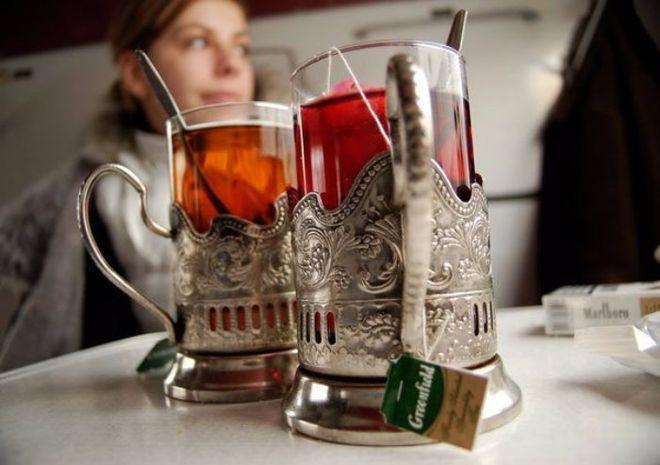 """""""Укрзализныця"""" меняет цену на чай в поездах"""