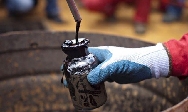 Цены на нефть и металлы стремительно падают