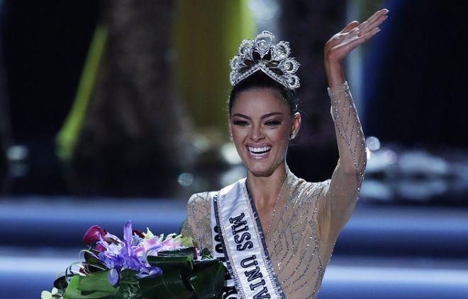 """В США выбрали новую """"Мисс Вселенная"""""""