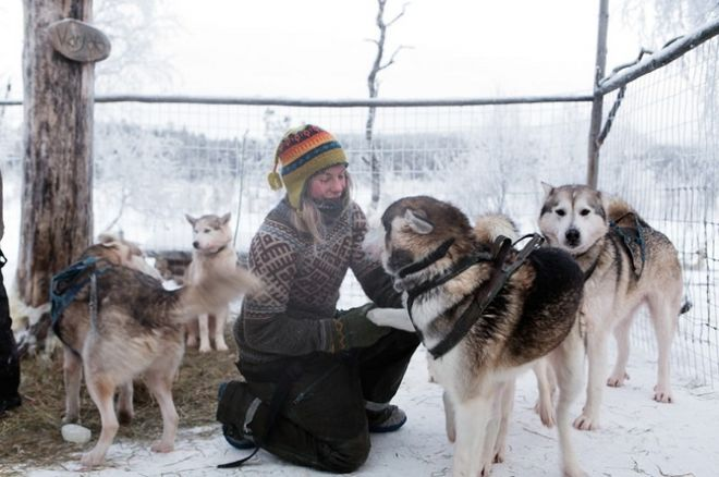 «Арктическая любовь»: финская девушка убежала от цивилизации и стала отшельницей в Заполярье