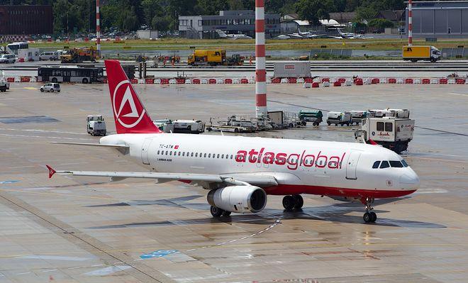 Турецкая авиакомпания намерена запустить новые рейсы из Одессы и Киева
