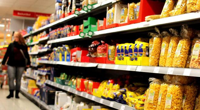 В Украине продукты растут в цене, а в мире падают