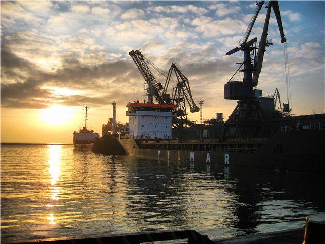 Правительство снизило ставки портовых сборов в Украине
