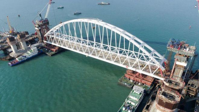 Россия определилась с названием для моста в Крым