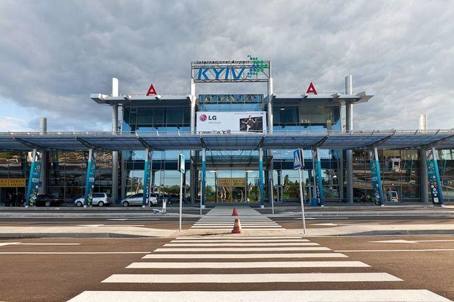 В аэропорту «Киев» перенесли часть рейсов