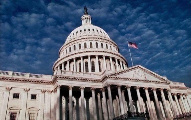 Сенат США одобрил крупнейшую за 30 лет налоговую реформу
