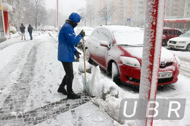 Что стоит за реформой парковки в Украине