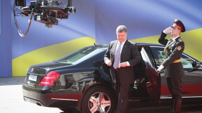 На каких автомобилях ездят мировые лидеры