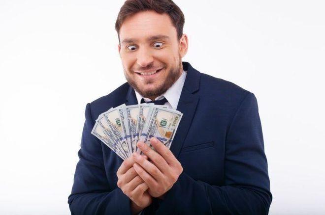 Элитная 20-ка: НБУ утвердил новый список приближенных к доллару банков