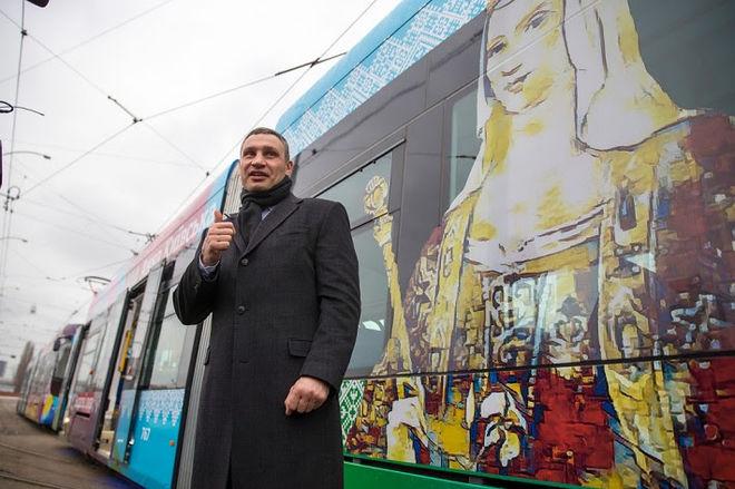 Скоростной трамвай в Киеве продлят до Дворца спорта - Кличко