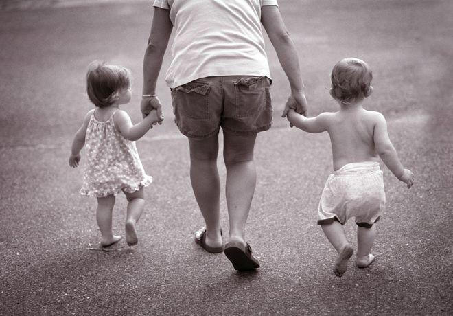 Денежные пособия семья с детьми перечислят 15 января